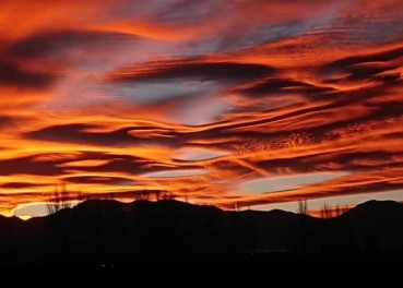 Lenticular clouds by Pepe Orquera